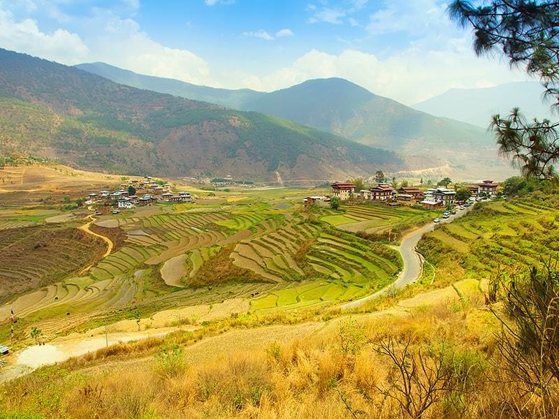 Bhutan. Trekking and horse riding