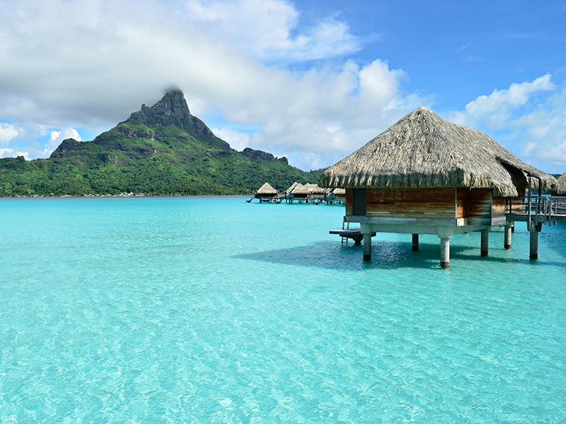 Polynesia. Relax in an exclusive accommodation