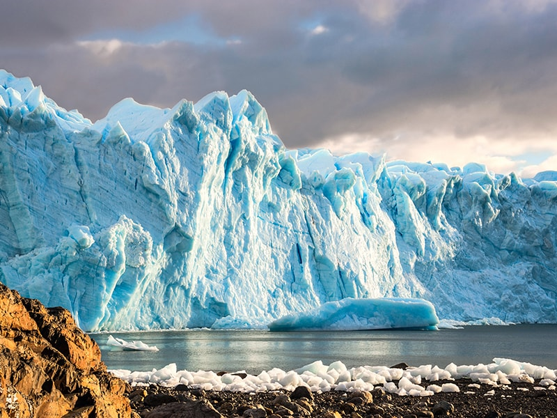 Argentina. 3-day Sailing tour through the Glaciers National Park