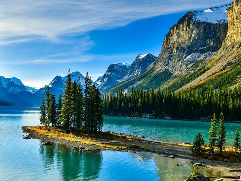 Canadá. Pasear en canoa por las aguas dulces del estado de Alberta