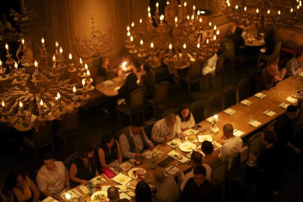 Cena en el restaurante Buddakan