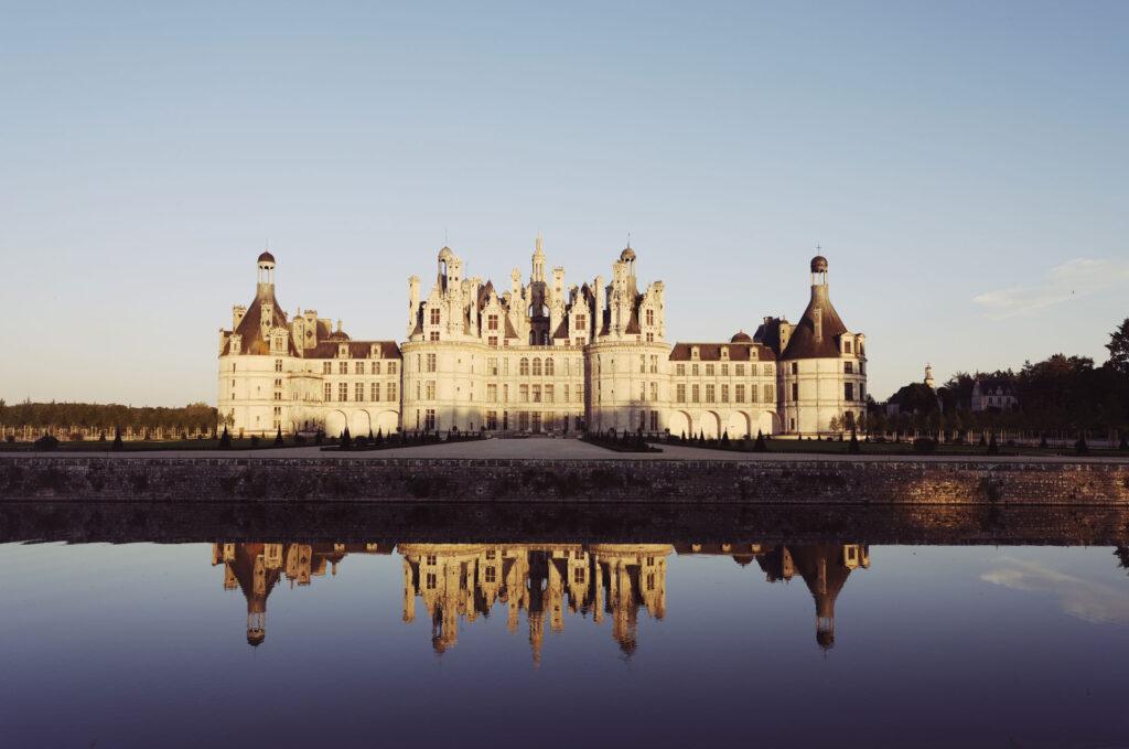 Atardecer en el impresionante castillo de Chambord