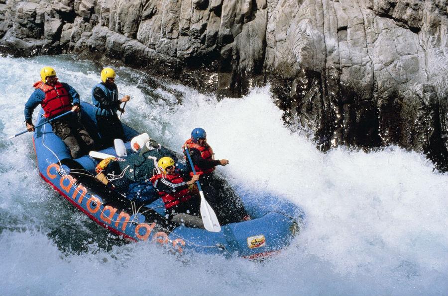4. Rafting en el rio Urubamba