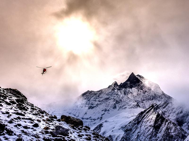 Tibet y Nepal. Vuelo escénico en helicoptero sobre los Himalayas