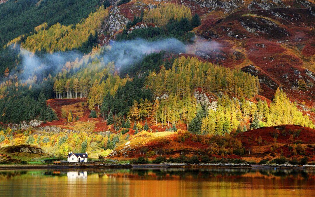 Tres lugares idílicos para viajar este otoño